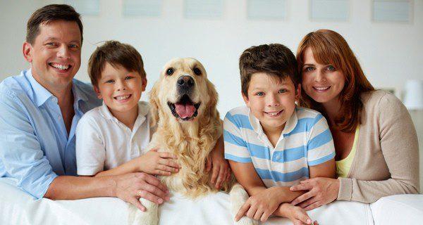Toda la familia tiene que colaborar en la educación al perro