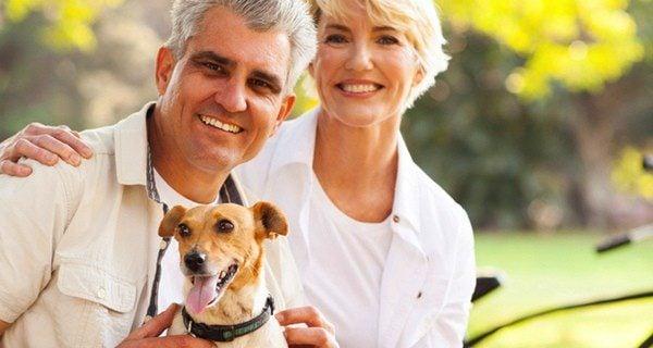Los perros perfectos para las personas mayores