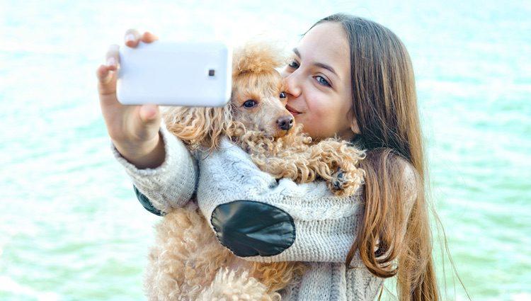 Con 'Pooch selfie' podrás hacerte selfies con tu mascota de una forma más fácil y cómoda