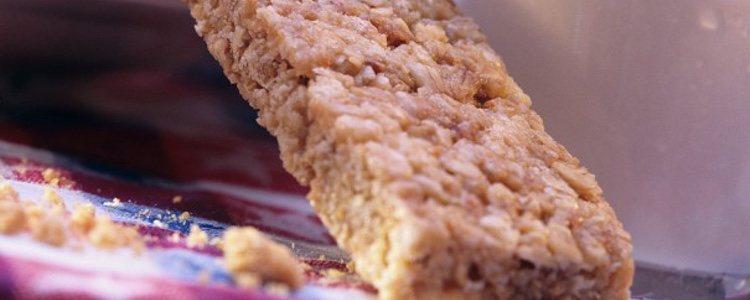 Las barritas de cereales pueden cocinarse utilizando diferentes ingredientes, según tu preferencia o la de tu mascota