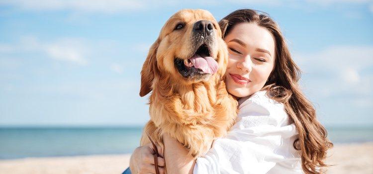 Dueña con su perro