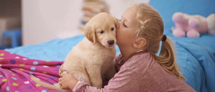 Los beneficios de tener un perro en casa cuando tenemos hijos pequeños